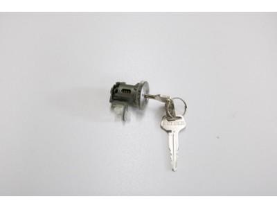Cylindre de clef de porte - Suzuki Carry 1991 @ 1998
