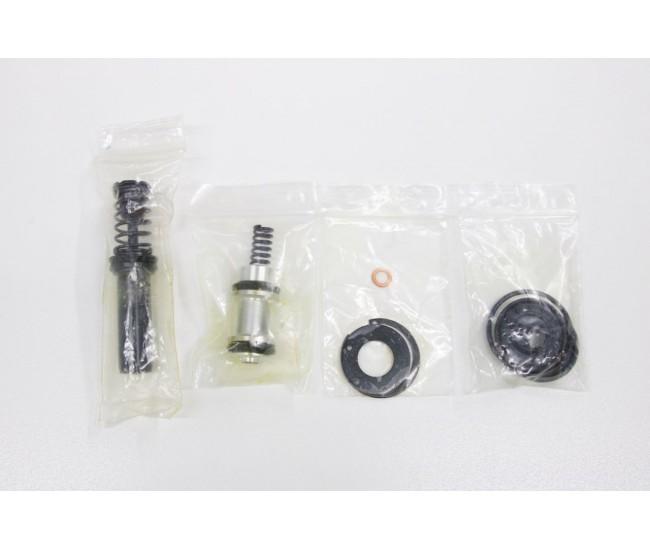 Ensemble de réparation pour maître cylindre - Suzuki Carry 1991 @ 1998